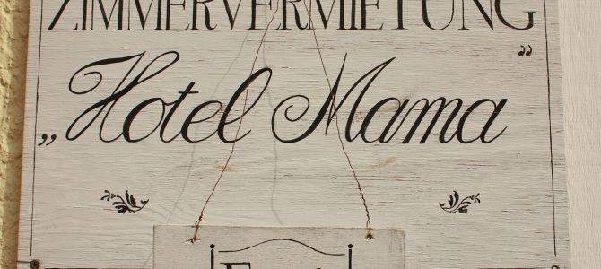 "Teure Mieten- immer mehr junge Menschen bleiben länger im ""Hotel Mama"""