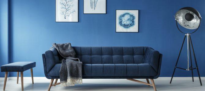 Elegantes Dunkelblau ist in diesem Jahr die Trendfarbe der Möbel und Accessoires